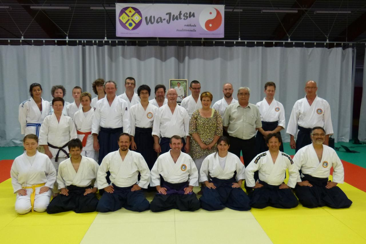 Fin cérémonie remise de grades juin 2015 Wa-Jutsu Villeneuvois