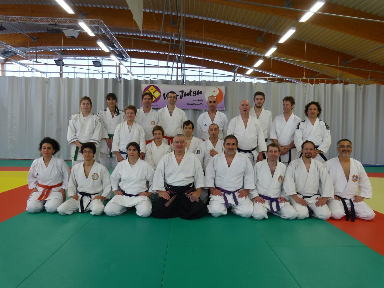 Maître QUERO avec M. MAILLOU et les membres du Wa-Jutsu Villeneuvois 8 février 2015