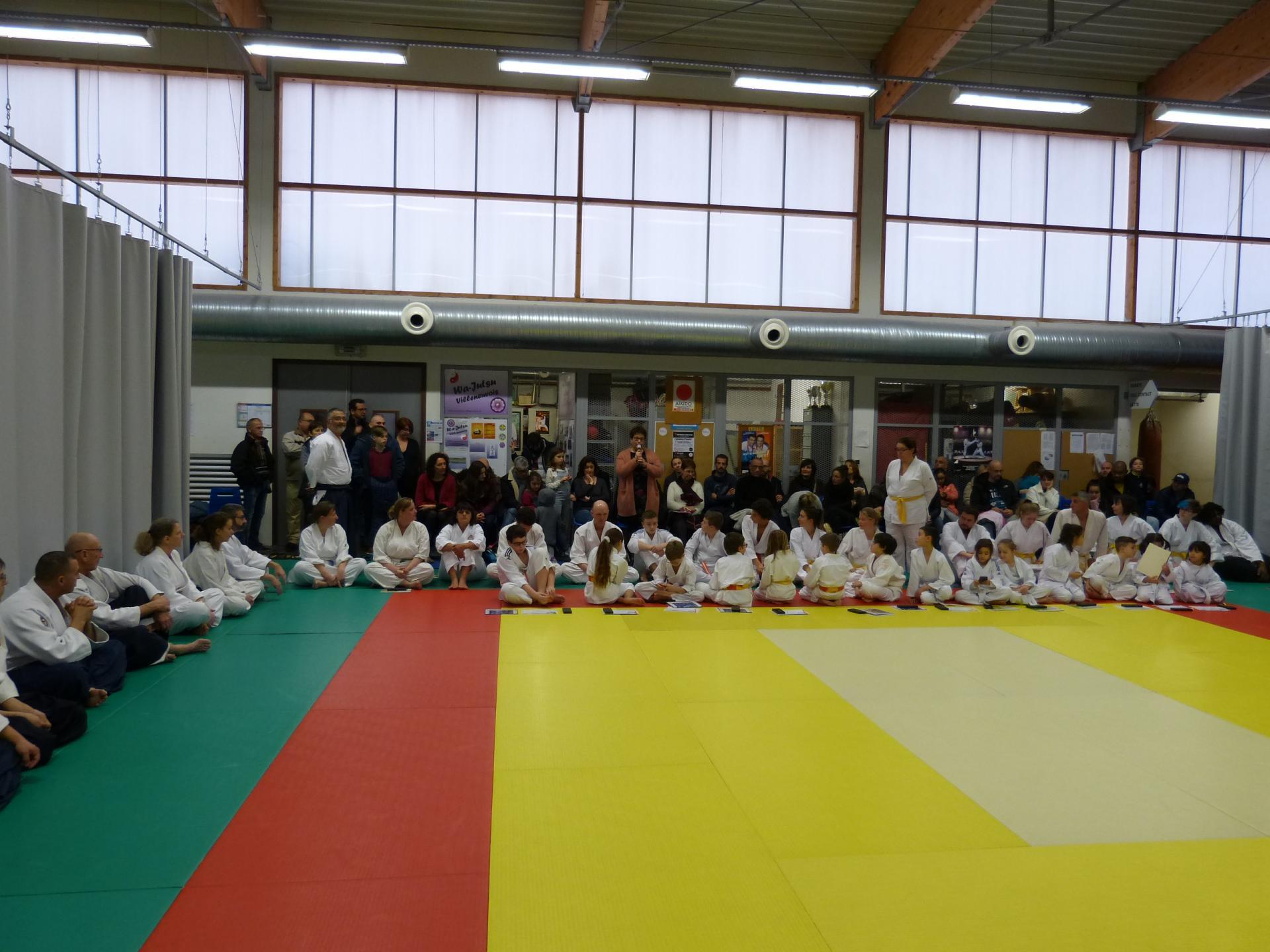 Kagami-Biraki Villeneuve 19 janvier 2019 Elocution de Mme Albinet, chargée des sports